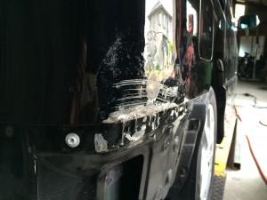 車体の傷やへこみ修理と塗装